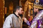 Неділя Хрестопоклонна. Митрополит Никодим звершив священицьку та дияконську хіротонії!